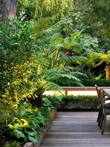 Un jardin au style rustique