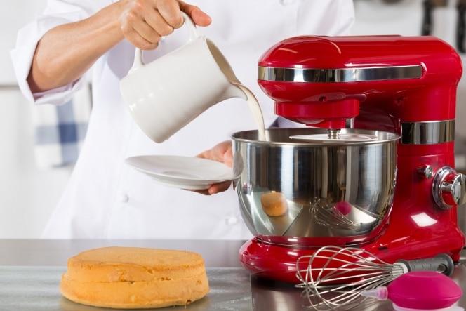 Robot pâtissier : comment le choisir